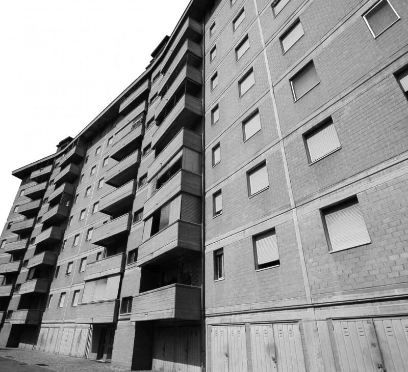 Edificio ad uso civile, Modena